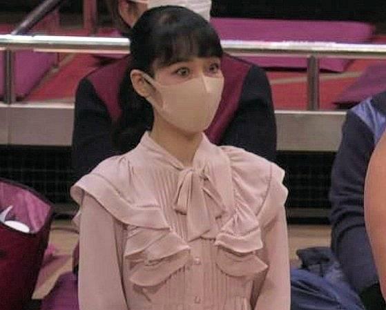 相撲前列の女性が驚いた顔も綺麗