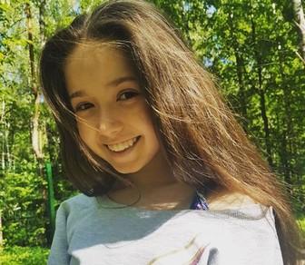 カミラ・ワリエワ かわいい顔写真