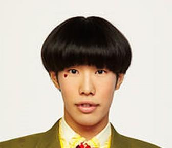 坂口涼太郎と牧野ステテコは似てる顔のアップ画像2