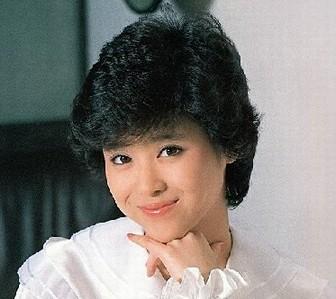 小池百合子と松田聖子の若い頃の画像がかわいい2