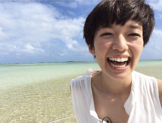 佐藤栞里はブサイクなのになぜ人気?かわいくなった笑顔の画像