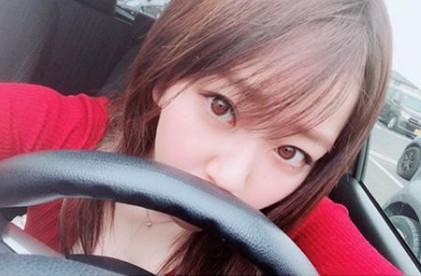 中冨杏子の運転中のかわいい画像