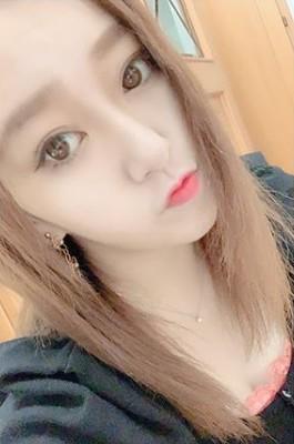 中冨杏子のかわいい茶髪画像