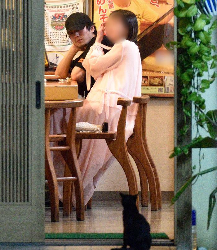 新田真剣佑と彼女の画像