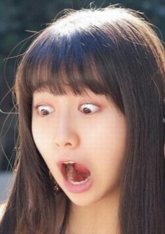 cocomiの目ん玉飛び出そうな変顔のアップ画像
