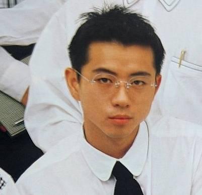 藤井フミヤの学生時の顔画像は劣化?