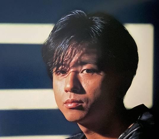 藤井フミヤ・ソロ時代の顔画像、少し劣化
