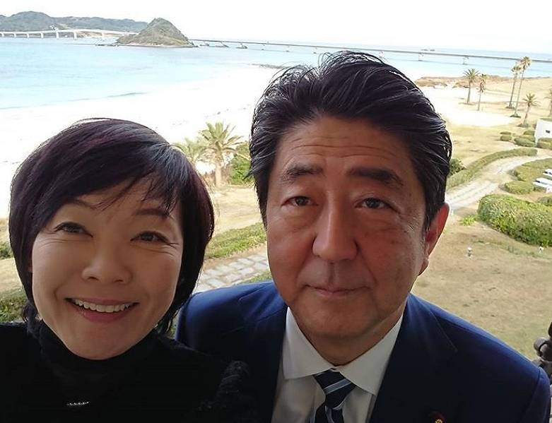 安倍首相に子供がいない理由に意外な事情が!昭恵夫人が原因か