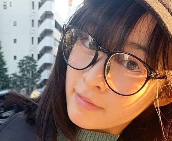 森七菜のかわいいメガネ画像8