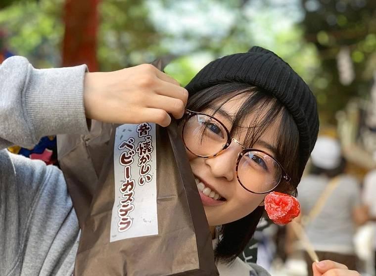 森七菜のかわいいメガネ画像9