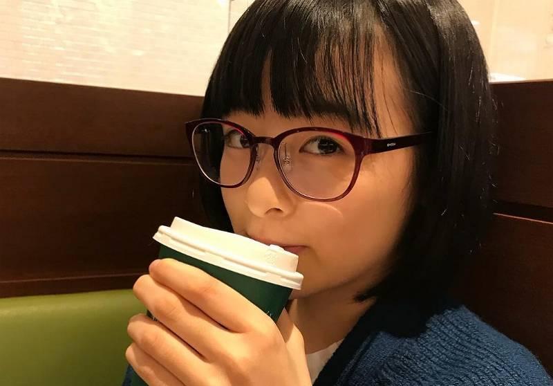 森七菜のかわいいメガネ画像4