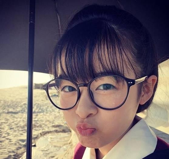 森七菜のかわいいメガネ画像7