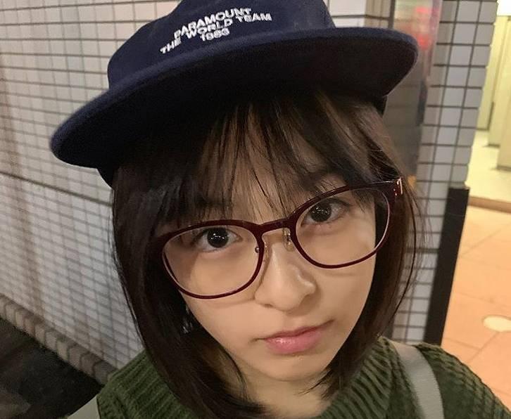 森七菜のかわいいメガネ画像2