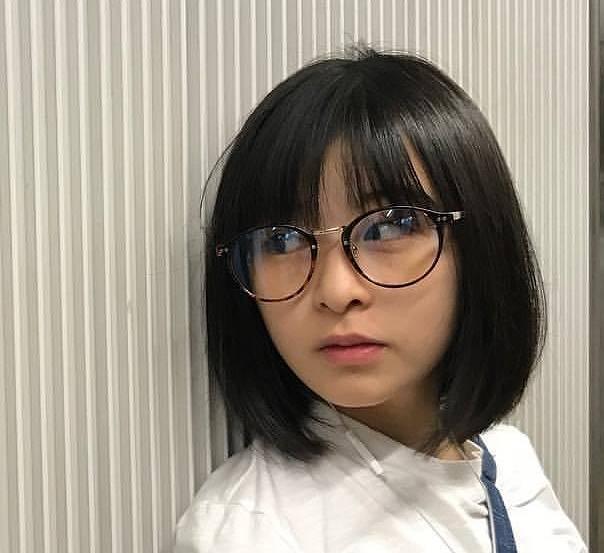 森七菜のかわいいメガネ画像6
