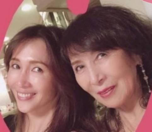 工藤静香と母親がそっくりな画像2