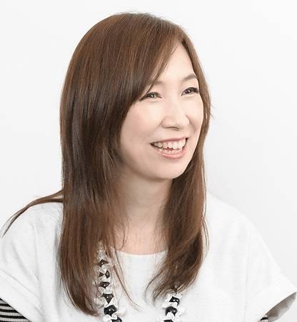 森口博子 ストレートロングの髪型画像
