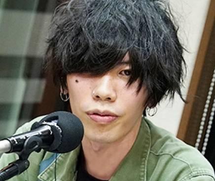 米津玄師の顔画像2