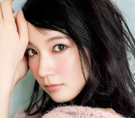 吉岡里帆,メイク,かわいい,画像2