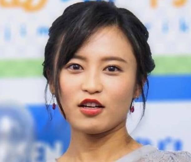 小島瑠璃子のメイク顔