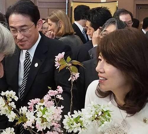 岸田文雄の嫁、裕子夫人のきれいな画像3