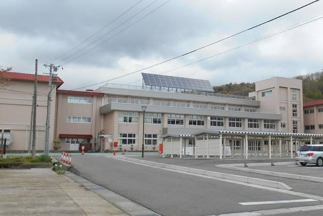 菅義偉の出身小学校