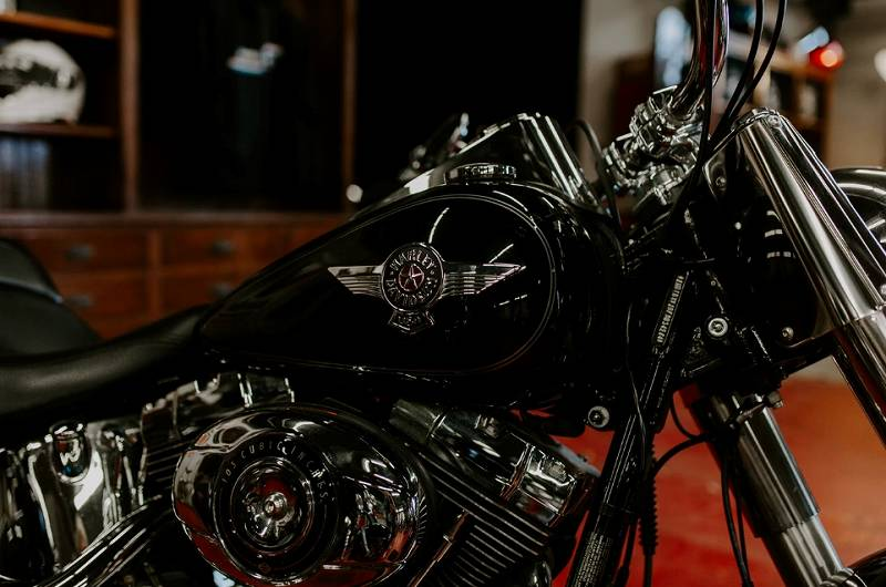 山口達也 バイクの車種ハーレーの値段が凄い!仕様も豪華