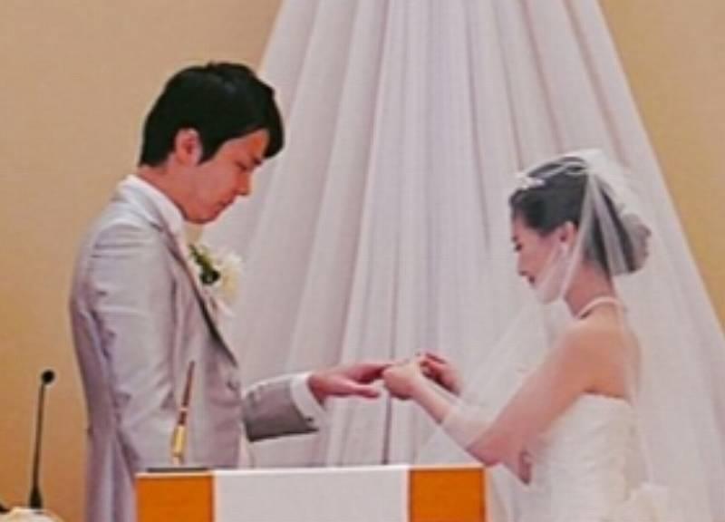 濱家と嫁のアップの顔画像