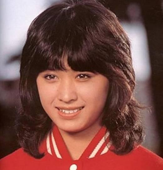三原じゅん子のアイドル時代のかわいい画像1