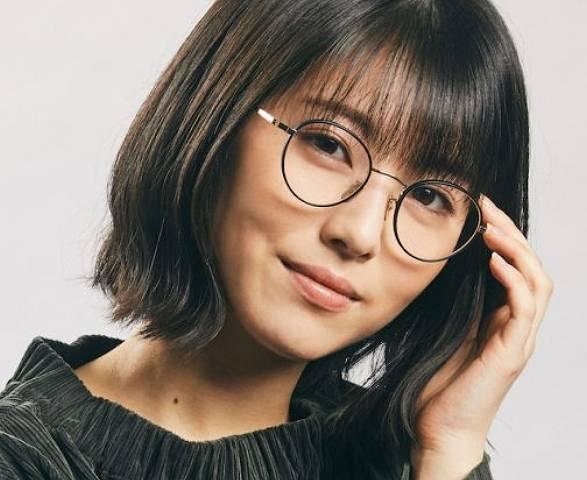 田所あずさのメガネ画像が浜辺美波に似てる