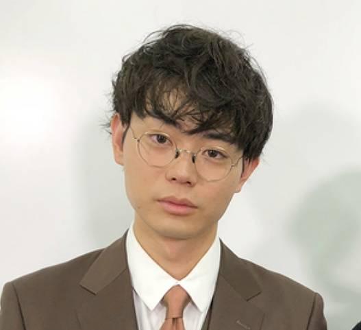 菅田将暉のメガネ画像