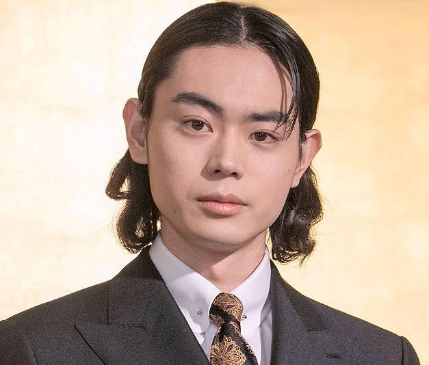 菅田将暉のメガネなし画像