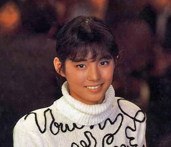 石田ゆり子,若い頃,かわいい, 画像1