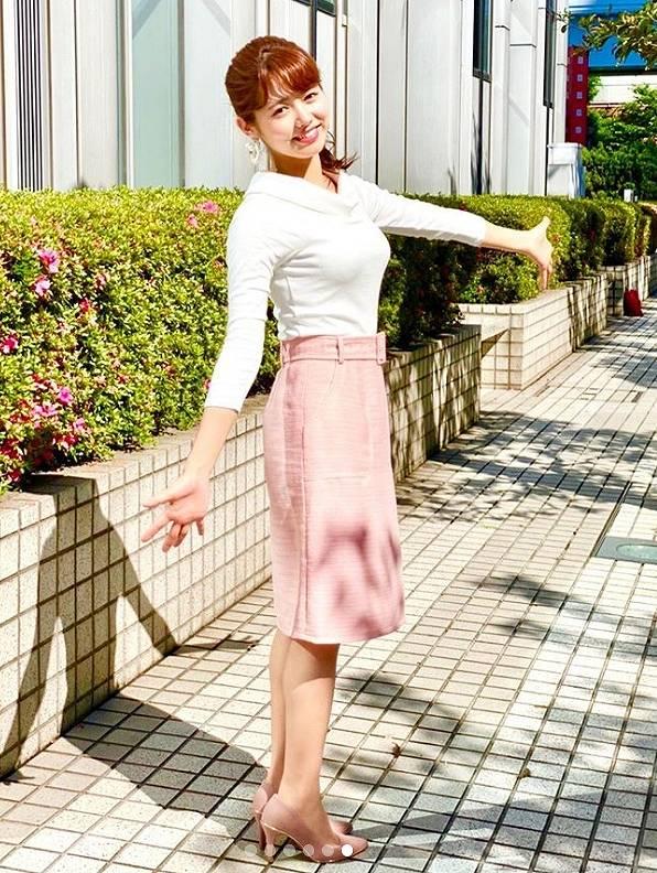 谷尻萌アナ、お天気キャスターのかわいい画像4