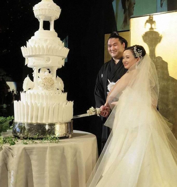 竜電と嫁のかわいいケーキカット