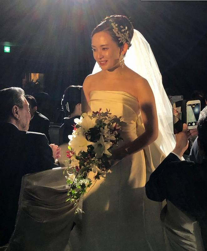竜電の嫁のかわいいウェディングドレス画像