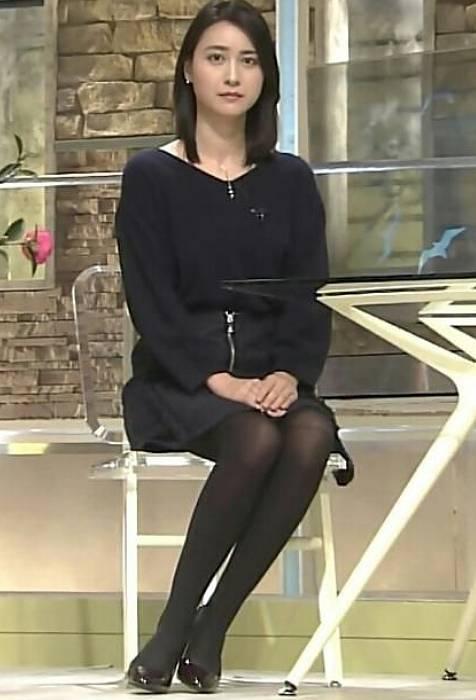 小川彩佳の若い頃のかわいいミニスカ画像2