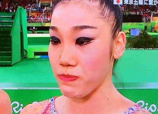 新体操の松原梨恵の顔が怖い