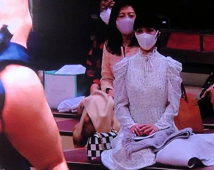 相撲前列の女性・溜席の妖精画像1