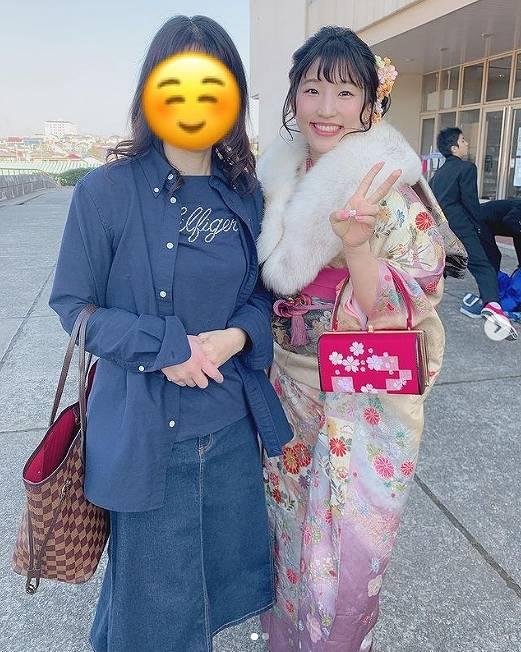 須崎優衣のかわいい着物姿