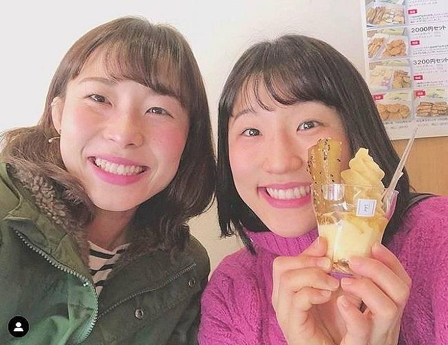 須崎優衣の姉がかわいい私服画像3