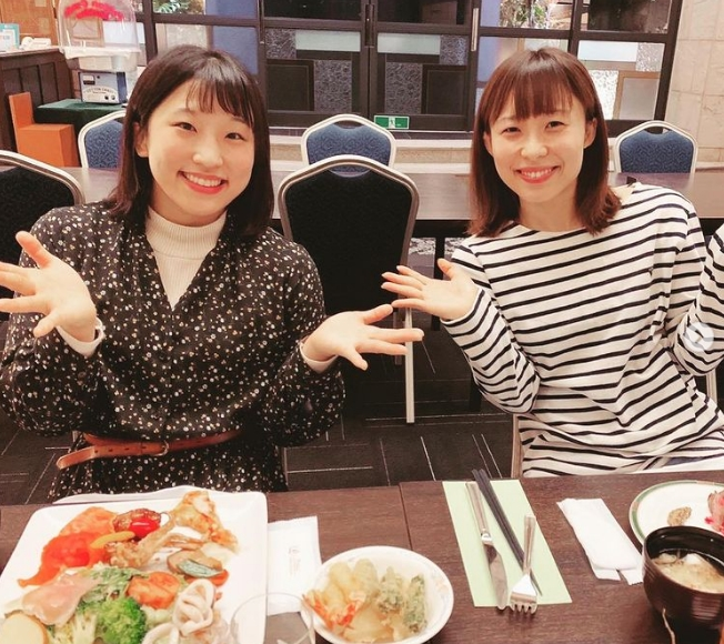 須崎優衣の姉がかわいい私服画像2