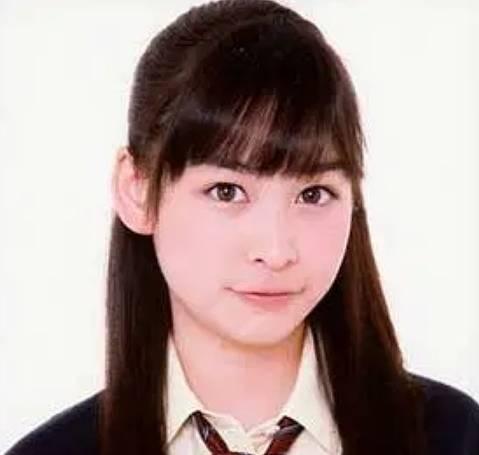 岩田絵里奈のかわいい昔の画像6