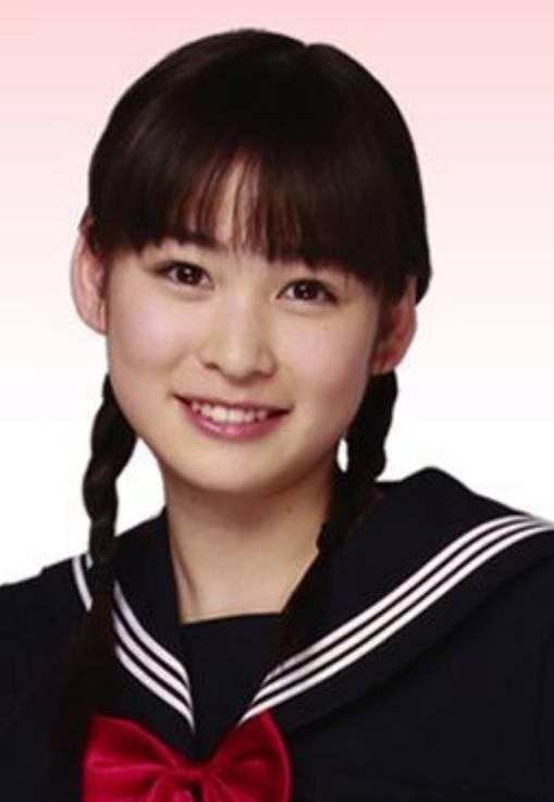 岩田絵里奈のかわいい昔のツインテール画像