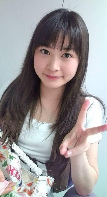 岩田絵里奈の昔のロングヘアーがかわいい