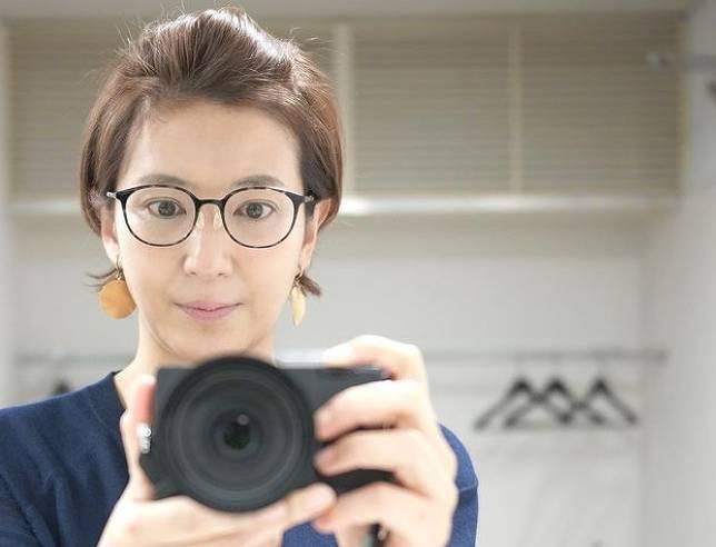 徳永有美のメガネをかけたブサイクな画像3