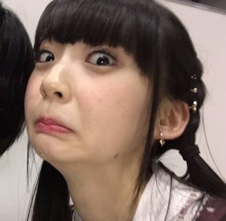 荻野由佳の顔はトカゲそっくり