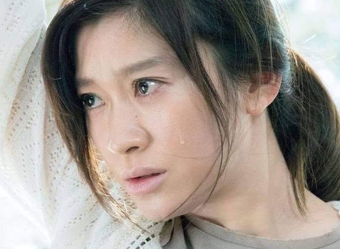 篠原涼子の昔と今の劣化比較40代の画像2