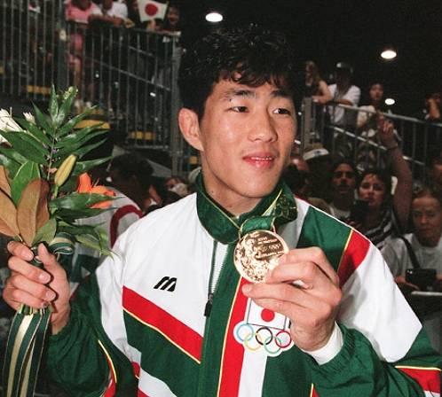 日本で最初にメダルを噛んだのは中村兼三