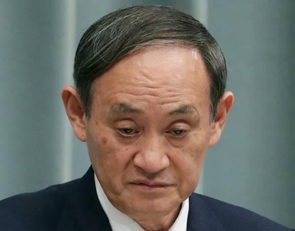 菅義偉の目つきが怖い画像3
