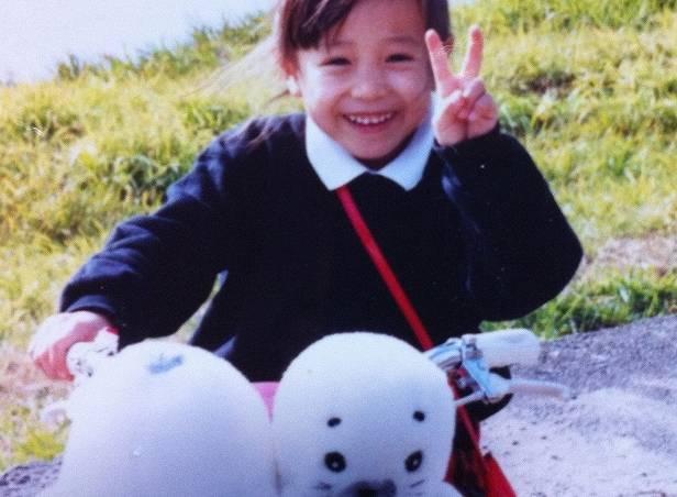 江藤愛の昔、幼児期のかわいい画像
